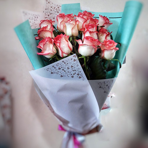 букет из 15 роз Джумилия фото товара