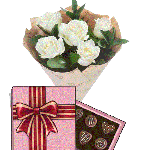 товар 5 белых роз с конфетами