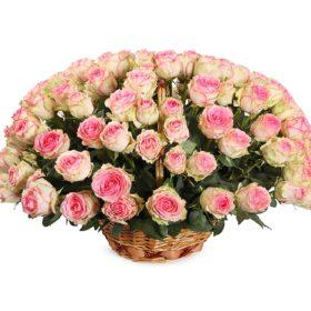 шикарные розы в корзине фото