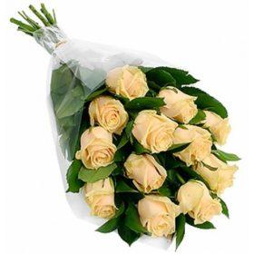 букет 11 кремовых роз фото