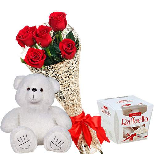 "Мишка с букетом роз и ""Raffaello"" фото товара"