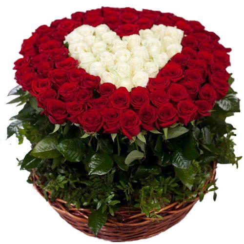 фото товара 101 роза сердце в корзине