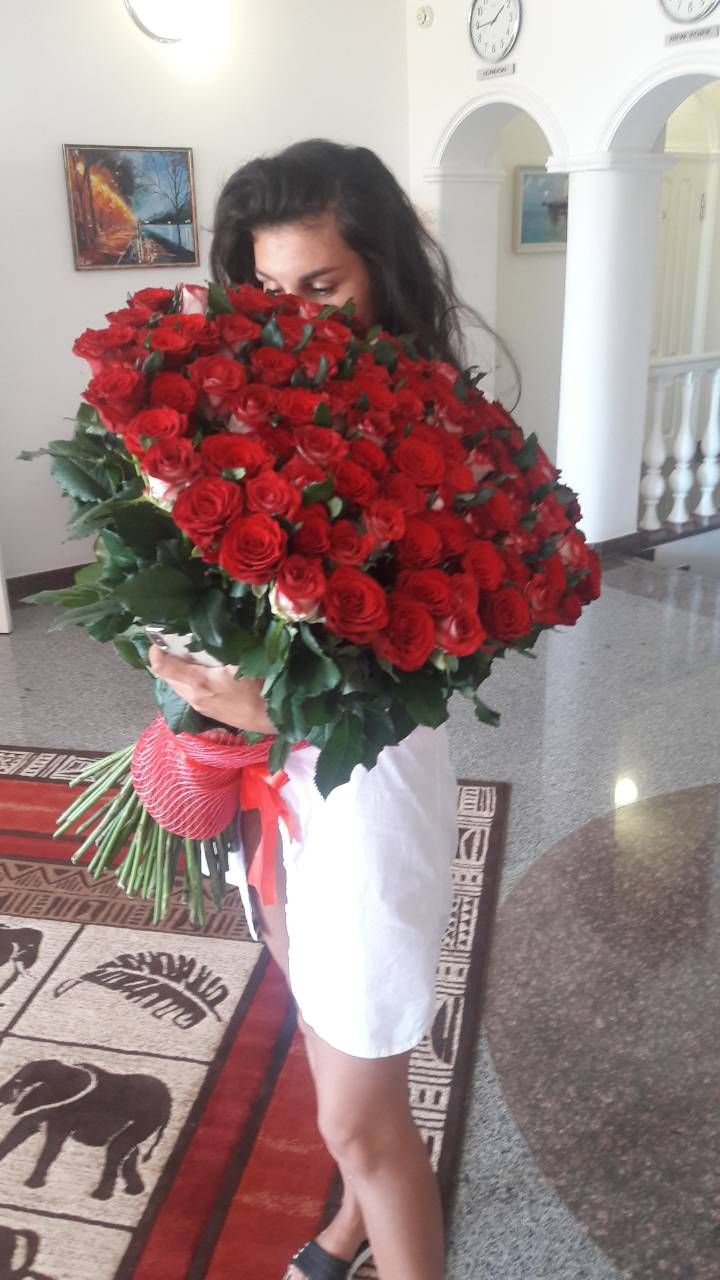 Служба доставки цветов в бердянске