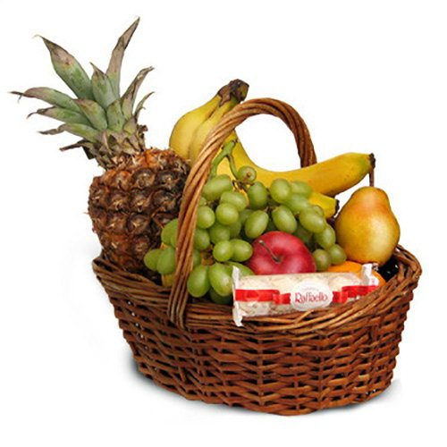 Средняя корзина фруктов фото