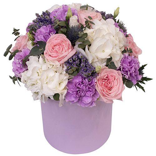 микс цветов в шляпной коробке