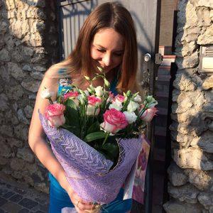 Букет роз и эустом фото доставки