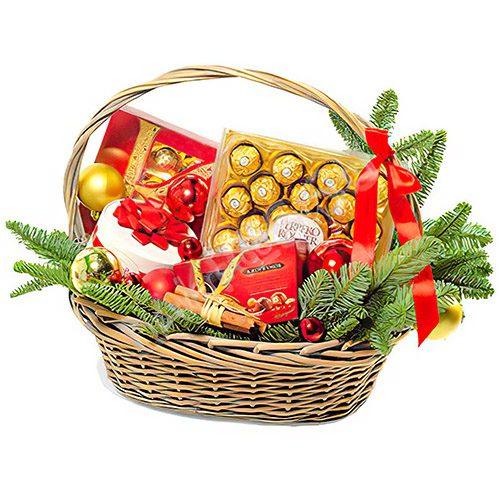 Корзина конфет и других сладостей