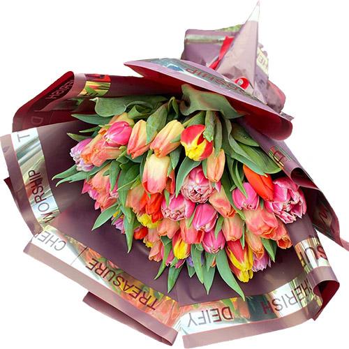 51 микс в розовых тонах (тюльпан обычный и пионовидный) фото