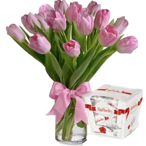 "15 тюльпанов и ""Raffaello"" фото товара"