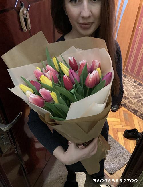 букет тюльпанов микс фото доставки