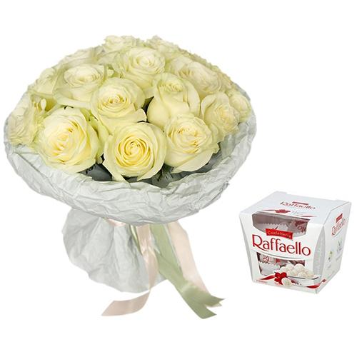 """Фото товара Букет """"Сніжна троянда"""" та Raffaello"""