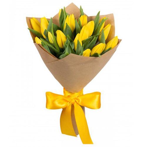 Фото товара 15 жовтих тюльпанів