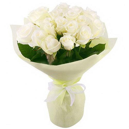 Фото товара 19 білих троянд