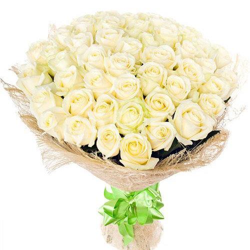 Фото товара 51 біла троянда