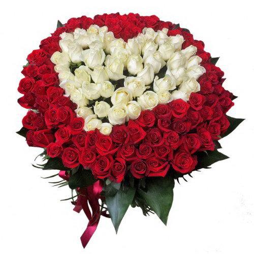Фото товара Серце 101 троянда біла та червона